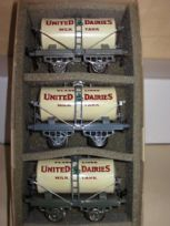 3 Hornby United Dairies Wagons
